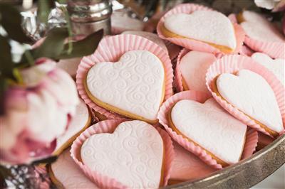 בר מתוקים לאירוע - לבבות עוגה