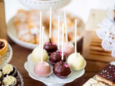 סוכריות שוקולד וממתקים